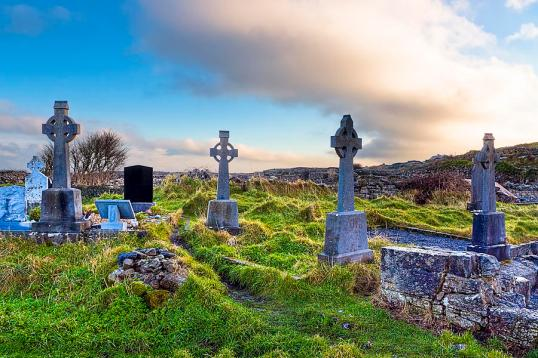 celtic-crosses-in-an-old-irish-cemetery-mark-e-tisdale